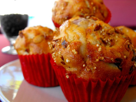 Pan Que Pan, Bistro & Bakery: Apple Muffin