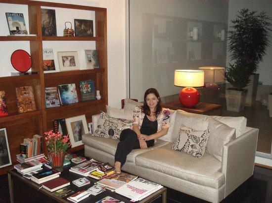 Art Suites:                   Galeria de arte