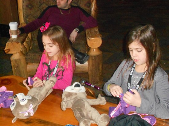 Great Wolf Lodge:                   Stuff Animal Creation Station