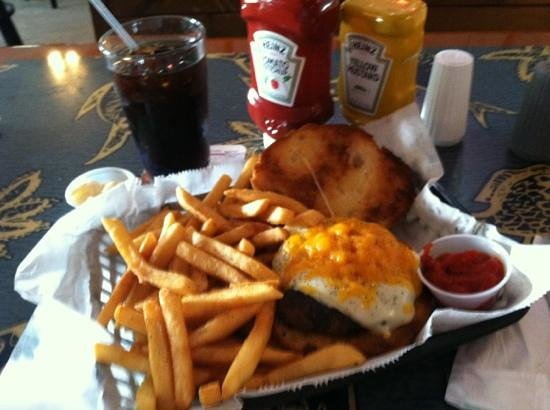 Pirana Grill:                   Burgers are BOSS here, with many dedicated and named after Pittsburg Steelers.