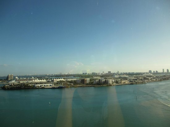 InterContinental Miami:                   view from our room