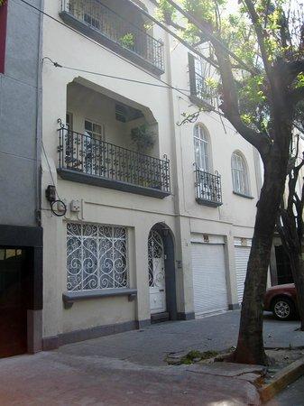 Condesa Haus from Calle Guernevaca