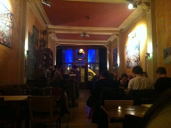 Fin de Siecle:                   inside view of the Resturant