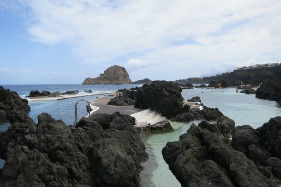 Porto Moniz Natural Swimming Pools: Lava