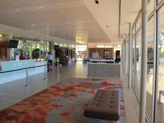 Desert Gardens Hotel, Ayers Rock Resort: Lobby