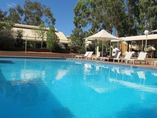 Desert Gardens Hotel, Ayers Rock Resort: Piscine