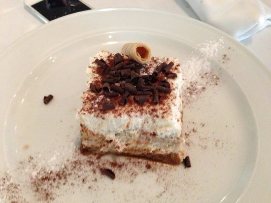 Lavaca Azca :                   Best tramisu in Madrid
