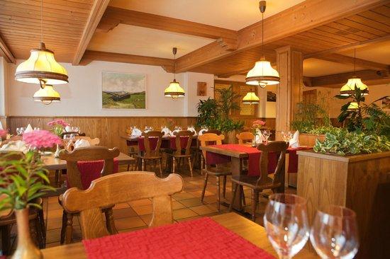 Hotel Arvenbuel: Rustikales Restaurant
