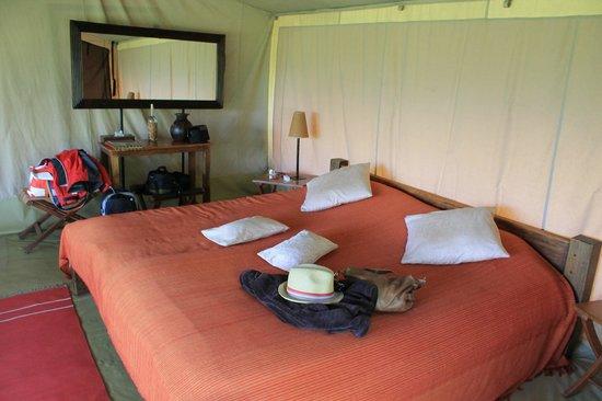 Mara Siria Camp:                   luxurious bedroom