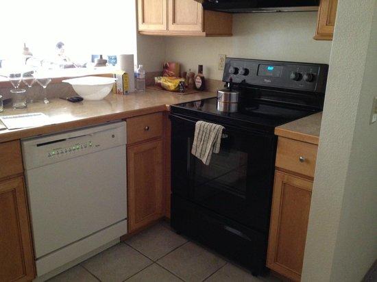 Aspen Ridge Condominiums:                   Kitchen
