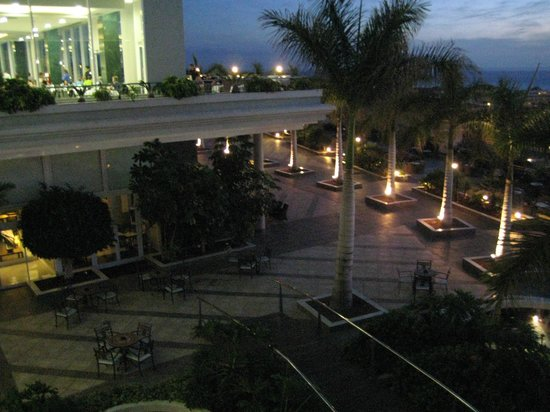 Be Live Family Costa los Gigantes:                   night time at the bar for al fresco drinks