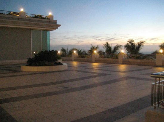 Be Live Family Costa los Gigantes:                   The area in front of the games room, peacefull fab views...