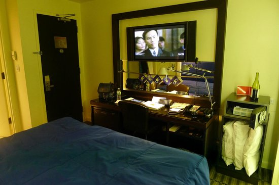 The Time New York: The desk and the flat-screen