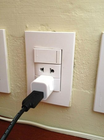 Iberostar Bavaro Suites:                   Plug in the room