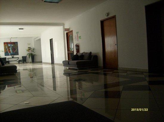Hotel El Panama:                   piso 1