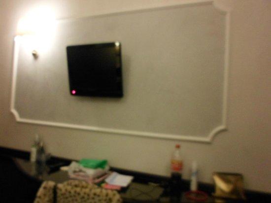 โรงแรมเบสท์โรมา: Tv