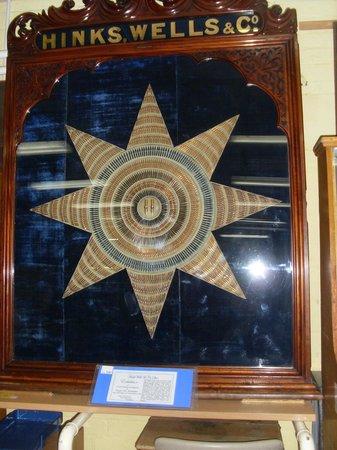 The Pen Museum:                   Estrella de plumillas