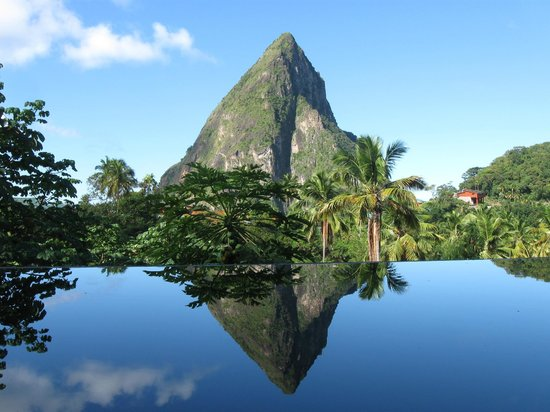 ‪‪Boucan by Hotel Chocolat‬:                   View of Petit Piton from Hotel Chocolat's infinity pool