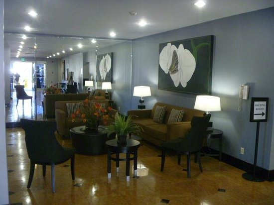 Holiday Inn Express Van Nuys: Hotel Lobby