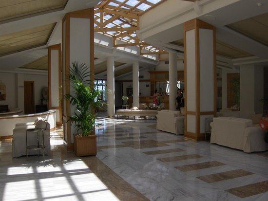 Porto Sani:                   Lobby