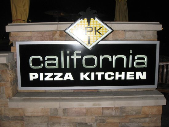 The California Pizza Kitchen In The Garden Walk Picture Of Residence Inn Anaheim Maingate