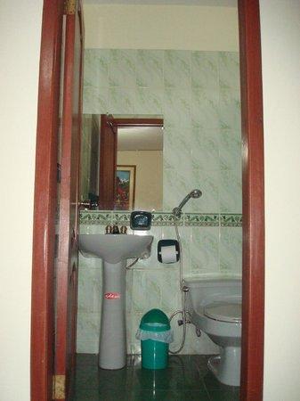 Hostal Perla Real Inn:                   1st private bathroom
