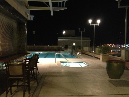 Renaissance Montgomery Hotel and Spa at the Convention Center: Pool