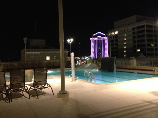 Renaissance Montgomery Hotel & Spa at the Convention Center: Rooftop Pool