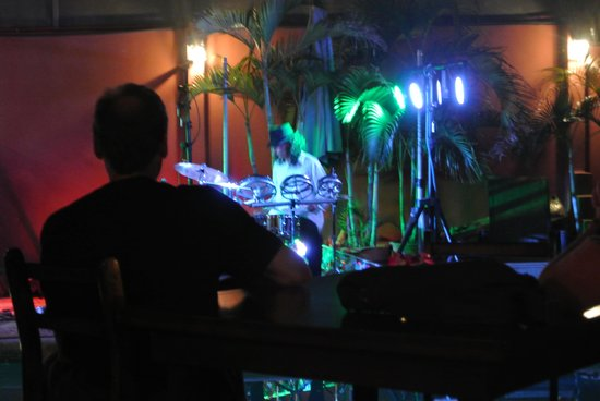 Hotel Arco Iris:                   Live band on Thursday nights.