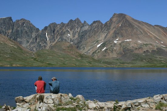 Skyline Guest Ranch and Guide Service: Relaxing at Goose Lake