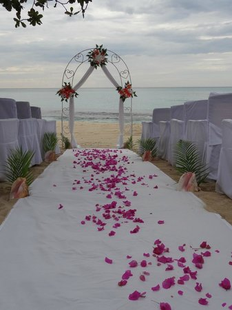 Royal Decameron Montego Beach: Wedding set up