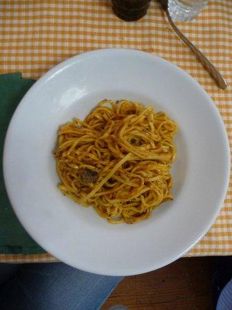 Agriturismo Bartoli:                   Strangozzi rossi al tartufo