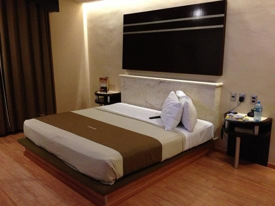Hotel Dubrovnik:                   cama king