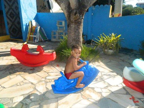 Pousada Sereia de Geriba:                   meu filho brincando