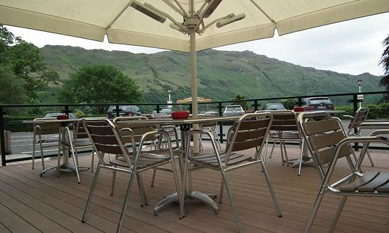 Ardlui Hotel: Decking View