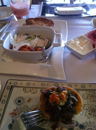 Spicers Vineyards Estate: more breakfast