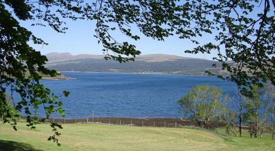 Tiroran House Hotel & Restaurant: The view of the loch