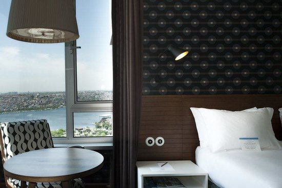 The Marmara Pera Hotel: Superior Sea View