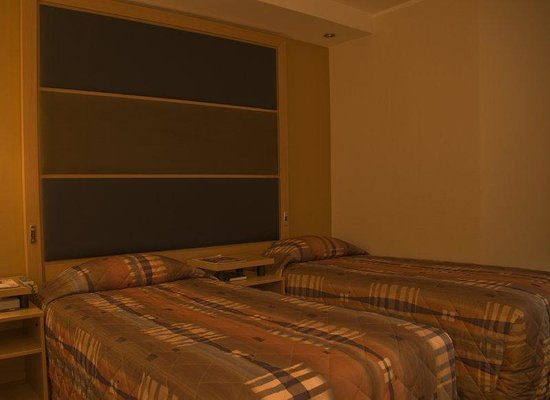 Town Lodge Midrand: Guest Room