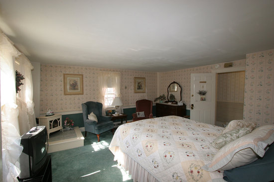 Old Red Inn & Cottages: Mount Jefferson room