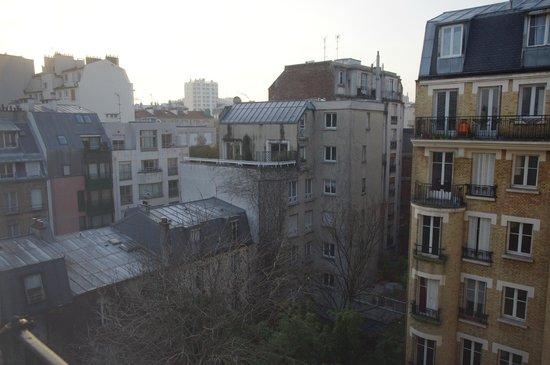 Home MODERNE:                   Widok z okna na 6p.