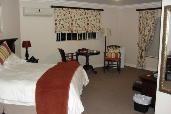 Bryan Manor Guest House:                                     Room 9. Bed had been sat on by myself so bit rumpled by me.