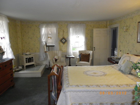 Old Red Inn & Cottages: Mount Cranmore Room