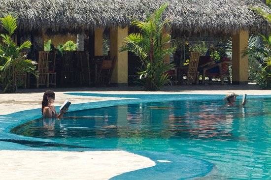 Clandestino Beach Resort: The Pool