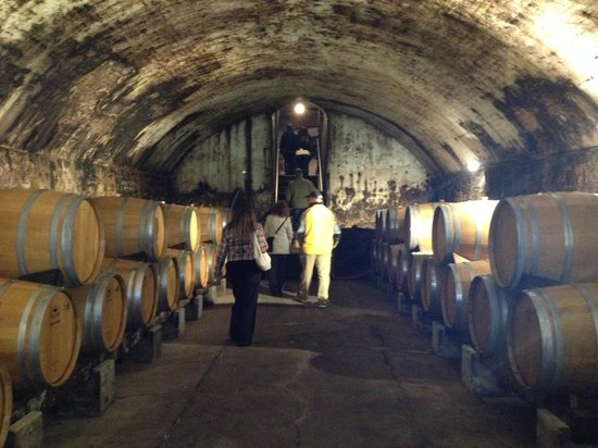 Stone Hill Winery:                   Cellars