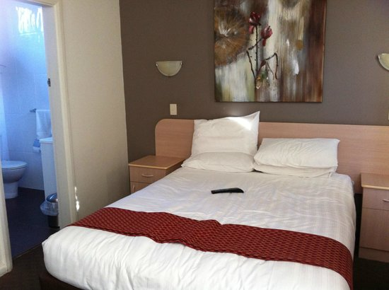Ibis Styles Broken Hill:                   Modern Decor