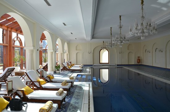 Wildflower Hall, Shimla in the Himalayas:                   pool