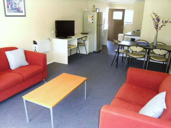 Fairway Motel: We also have larger units (disabled access also)
