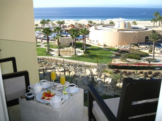 Pueblo Bonito Pacifica Golf & Spa Resort:                   View from our balcony.