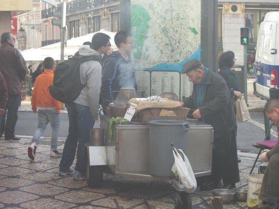 Chiado: venditore di castagne